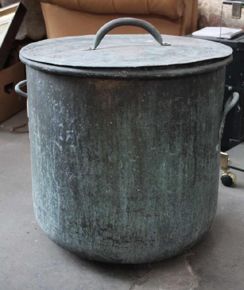 Large antique French copper lidded pot.