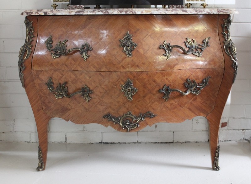 Fine French early 20th century walnut & inlaid marble top commode with ormolu mounts.