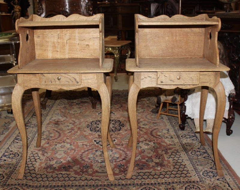 Pair of 19th centry French oak 1 drawer bedside cabinets.
